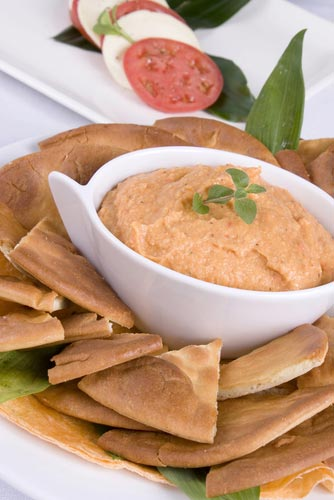 Homemade-hummus